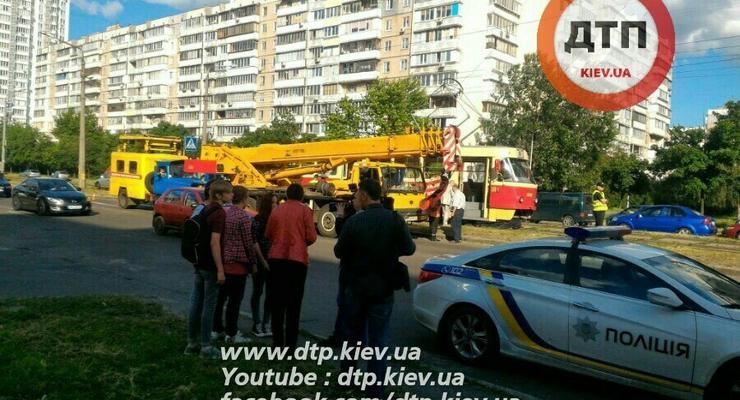 В Киеве трамвай раздавил пешехода
