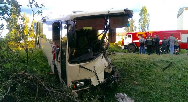 Семь человек пострадали в ДТП с автобусом в Лисичанске