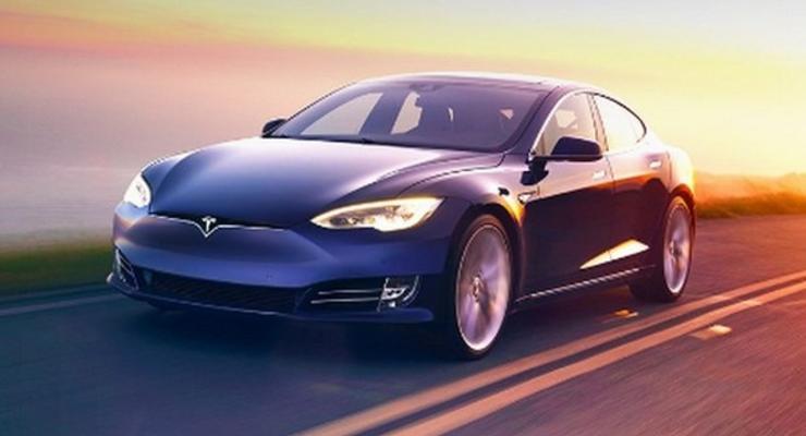 Tesla представила две новые версии электромобиля Model S