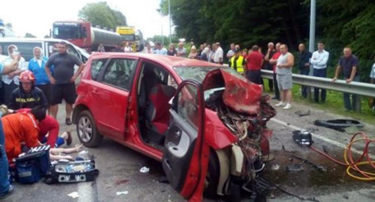 В аварии на Львовщине погибли две женщины и ребенок