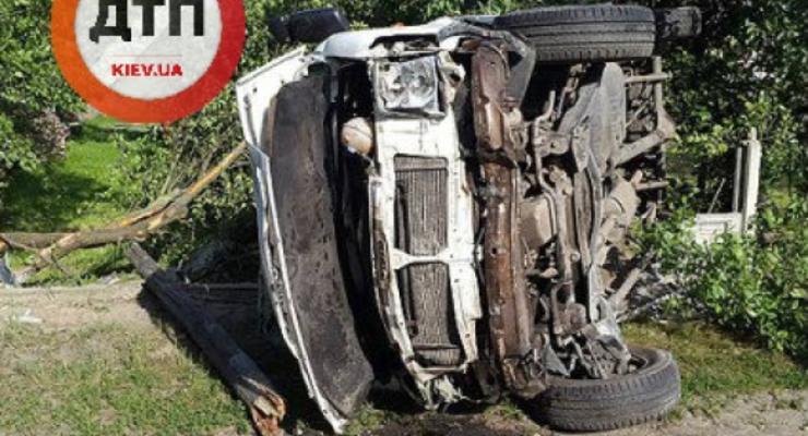 На Волыни подростки разбились на угнанном Volkswagen.