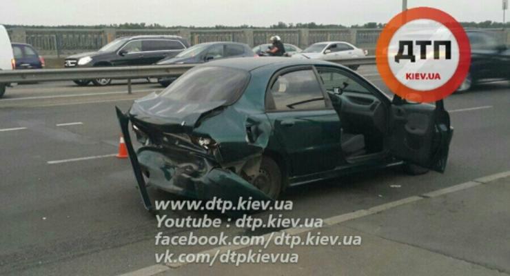 В Киеве Toyota разбилась о Daewoo, пострадали дети