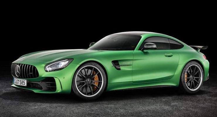 Спорткар Mercedes-AMG GT R рассекретили до премьеры