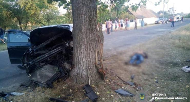 В аварии на Ровененщине погибли два человека