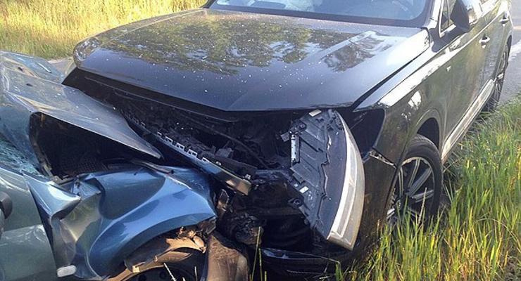 Полиция нашла сотрудника Укрзализныци, который врезался в машину журналиста