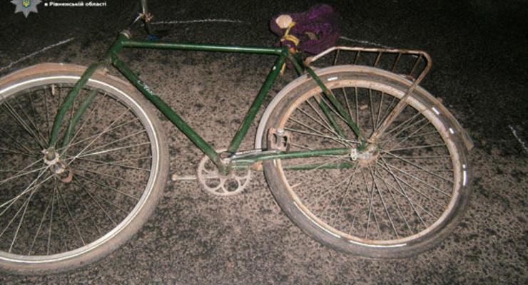 В Ровенской области велосипедист погиб под колесами двух авто