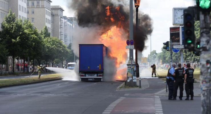 В центре Берлина взорвался грузовик