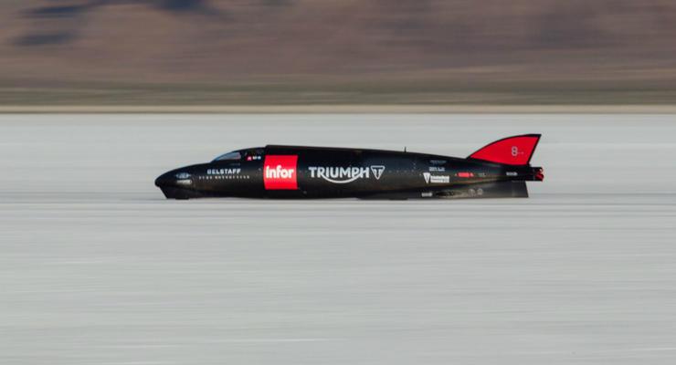 Тысячесильный мотоцикл Triumph установил новый рекорд скорости