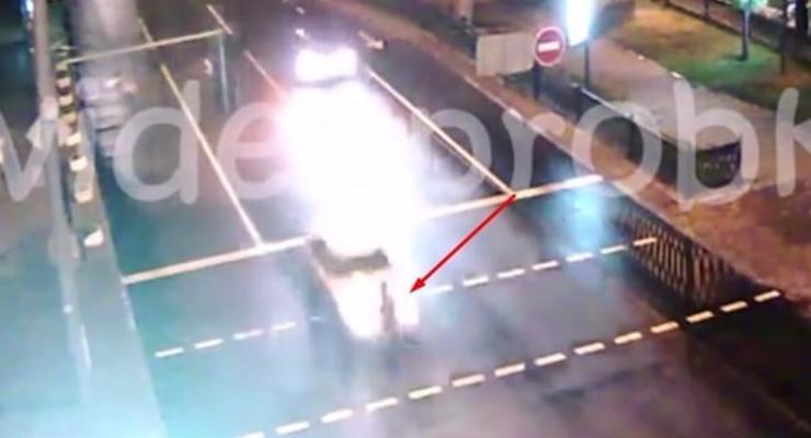 В Киеве автомобиль Daewoo сбил пешехода на переходе
