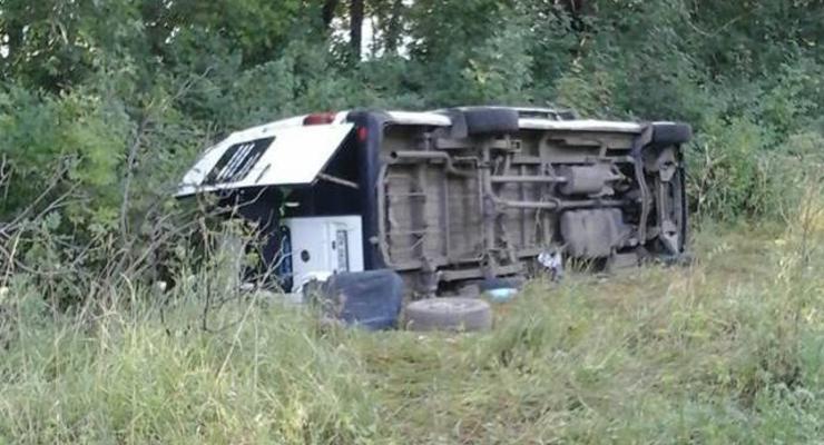В Хмельницкой области перевернулся автобус с паломниками