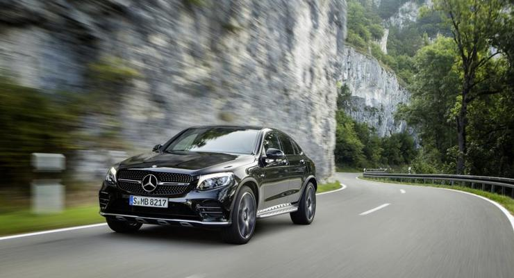 Mercedes показал новое купе GLC43