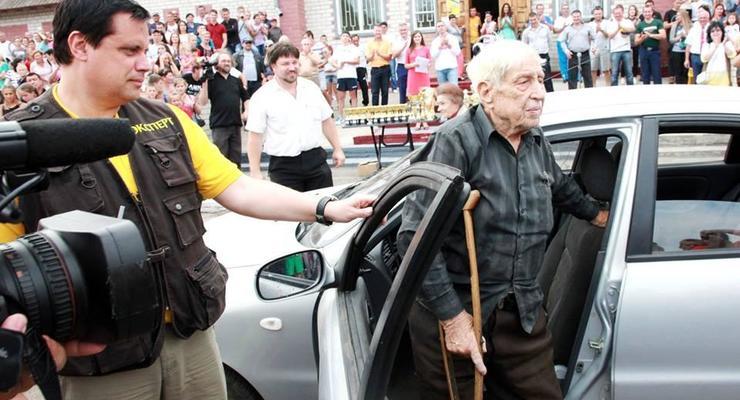 В Украине определили самого пожилого водителя