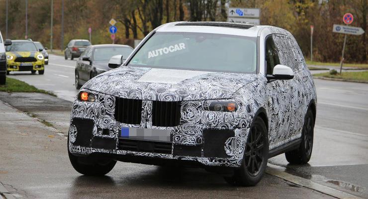 Появились первые фотографии нового BMW X7