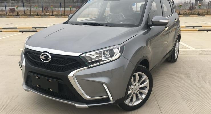Китайцы клонировали Lada XRay: фото нового кроссовера Landwind