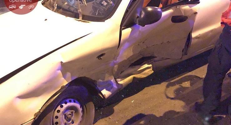 Жесткое ДТП в Киеве: Toyota разбила Daewoo Lanos