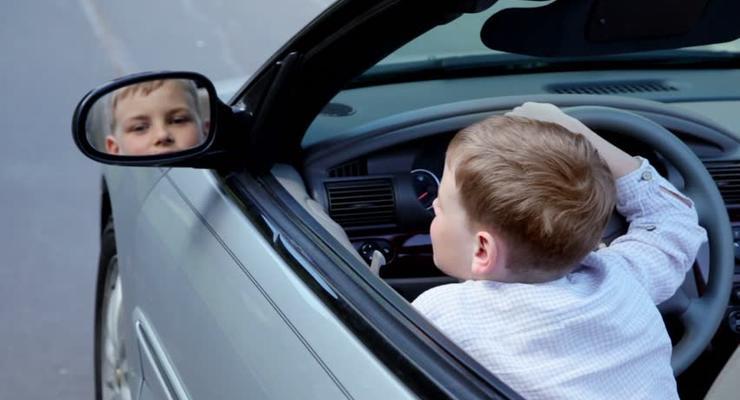 В США 8-летний ребенок угнал машину и поехал в McDonald's