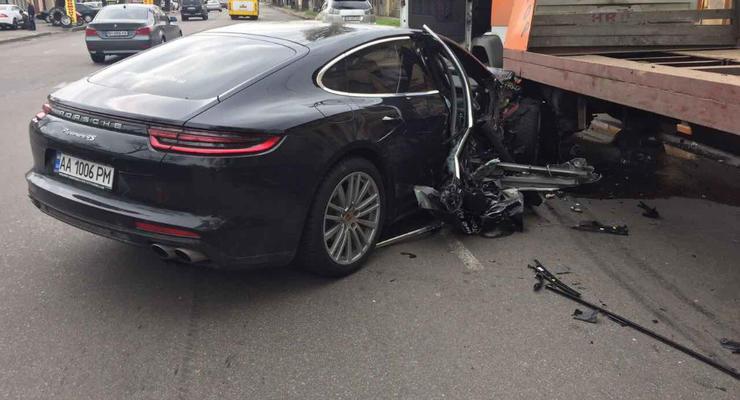 В Одессе на тест-драйве разбили новый Porsche Panamera
