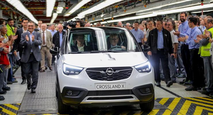 Opel запустил в серию новый кроссовер