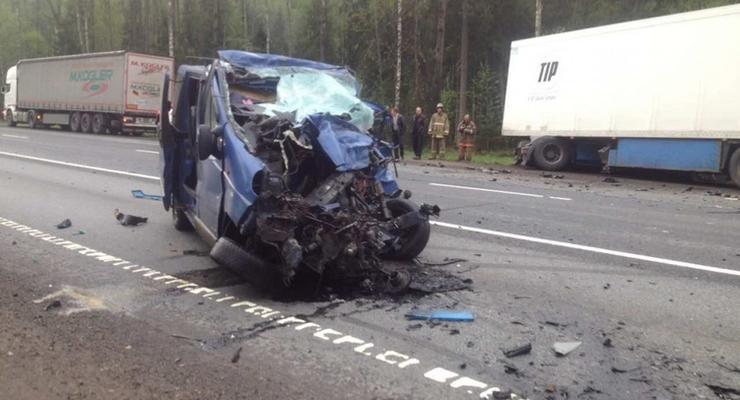 В страшном ДТП в России погибли 6 украинцев
