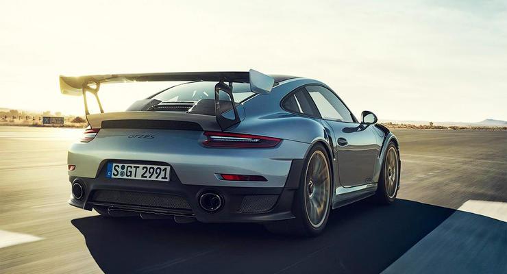 Porsche 911 разогнали до 336 км/ч