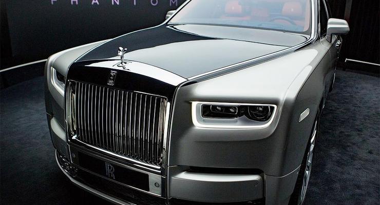 Представлен новый Rolls-Royce Phantom