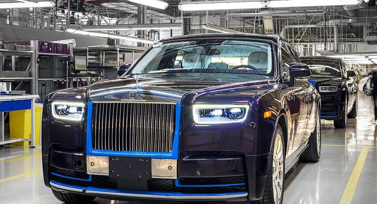 Первый Rolls-Royce Phantom выставят на торги
