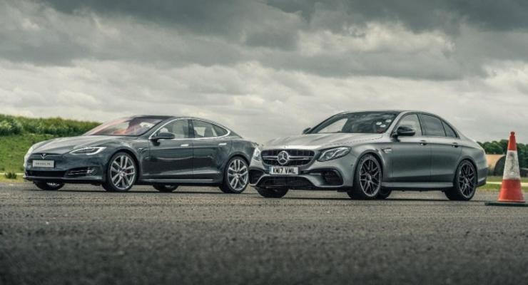 Кто кого: Tesla Model S против самого быстрого седана Mercedes