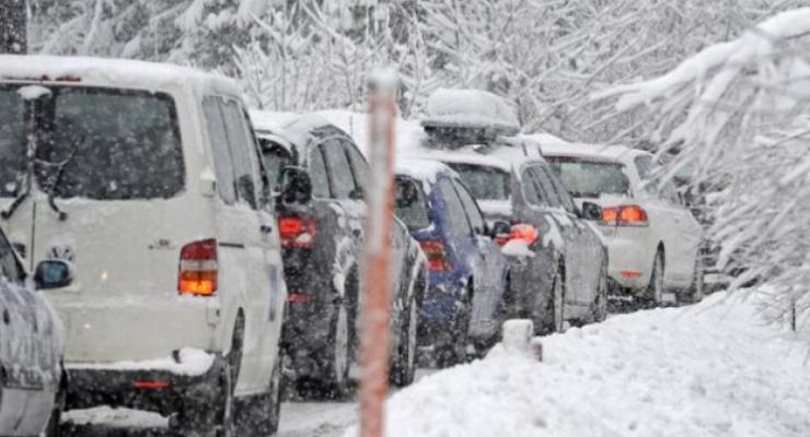 Что нужно знать водителям, чтоб не попасть в снежный плен