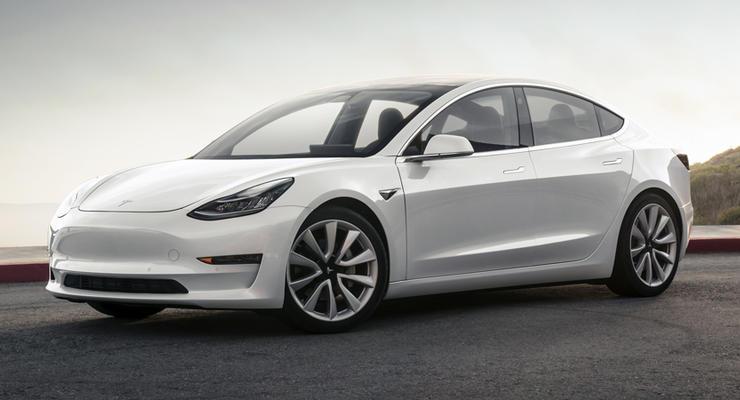 Tesla Model 3 будет конкурировать с BMW M3
