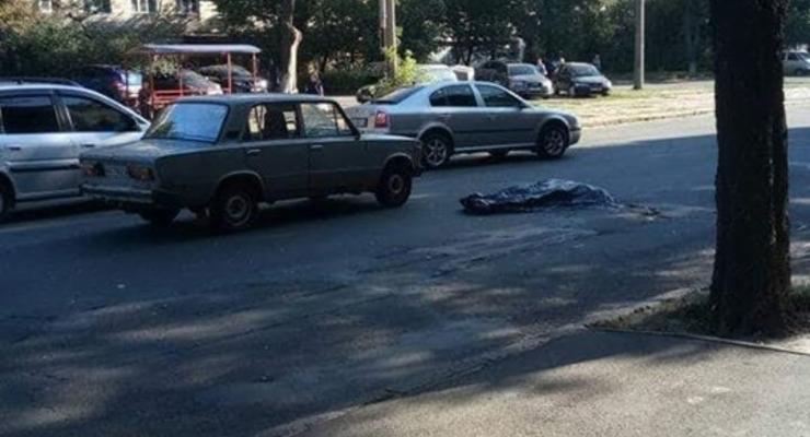 В Киеве сбили насмерть пешехода