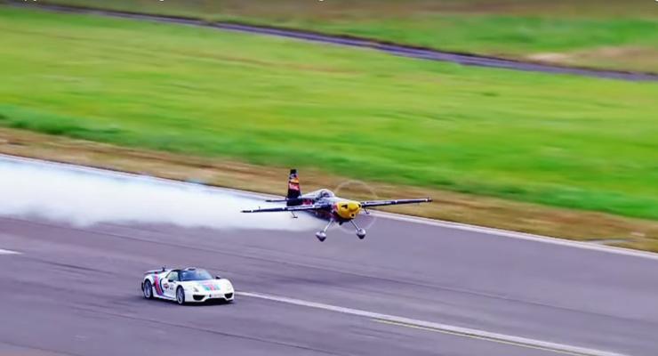 ТОП-5 автомобилей, которые смогли обогнать самолеты