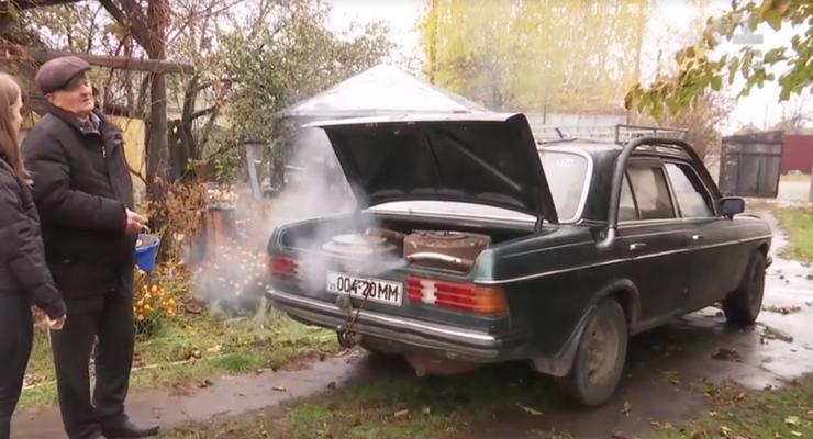 Mercedes на дровах: Находчивый пенсионер решил проблему дорогого топлива