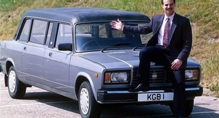 """Британцы превратили """"Жигули"""" в очень стильный лимузин"""
