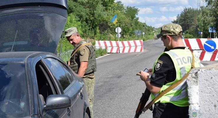Военное положение: Кто имеет право останавливать авто и как себя вести