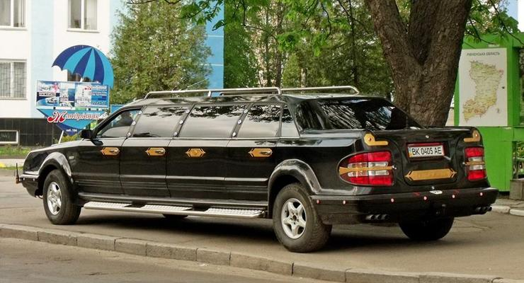 Полноприводной гигант: Появились фото уникального украинского лимузина