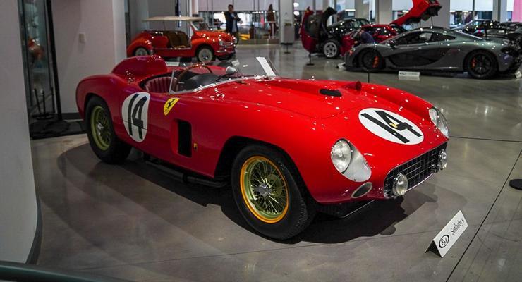 Редчайший Ferrari 50-х годов продали по цене 7 крутых новых суперкаров