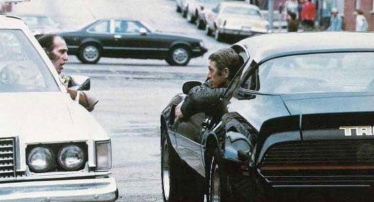 Потерянный Pontiac легендарного актера нашли на свалке через 40 лет