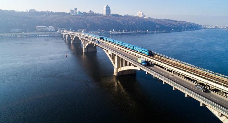 Мост Метро закроют на ремонт на 2 года - КМДА