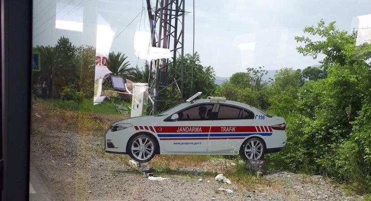 В Турции патрульных полицейских заменили плоскими макетами
