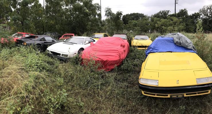 В США выбросили под открытое небо целую коллекцию спорткаров Ferrari