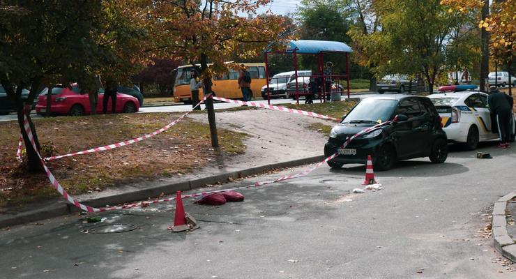 В Киеве Smart сбил насмерть пожилого мужчину