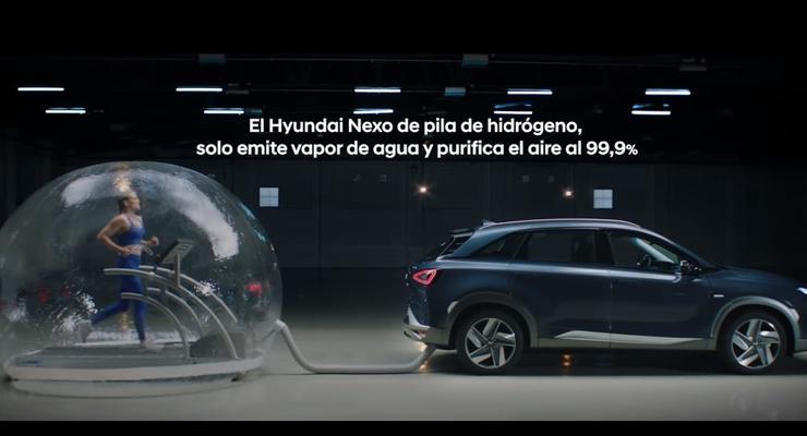 """Hyundai """"травил"""" известную спортсменку выхлопами водородного авто для рекламы"""