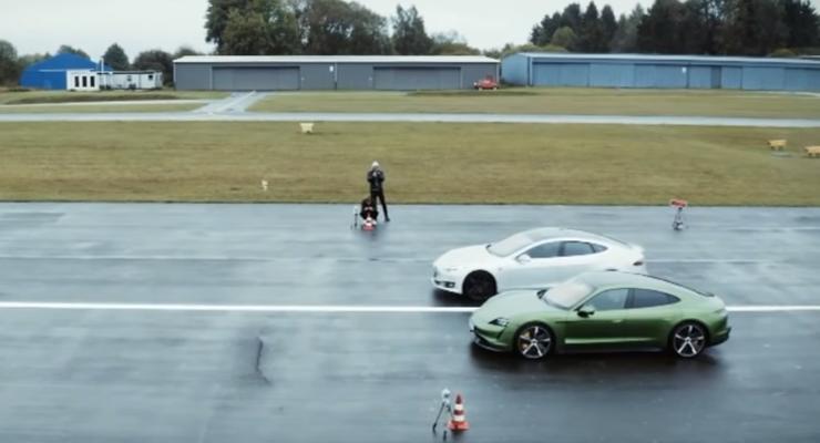 Свершилось: Porsche Taycan и Tesla Model S сразились в долгожданной гонке