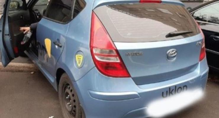 В Киеве водитель такси сбил дочь известной телеведущей и скрылся