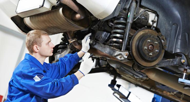 Приближаются холода: Укравтодор посоветовал водителям поменять шины на зимние