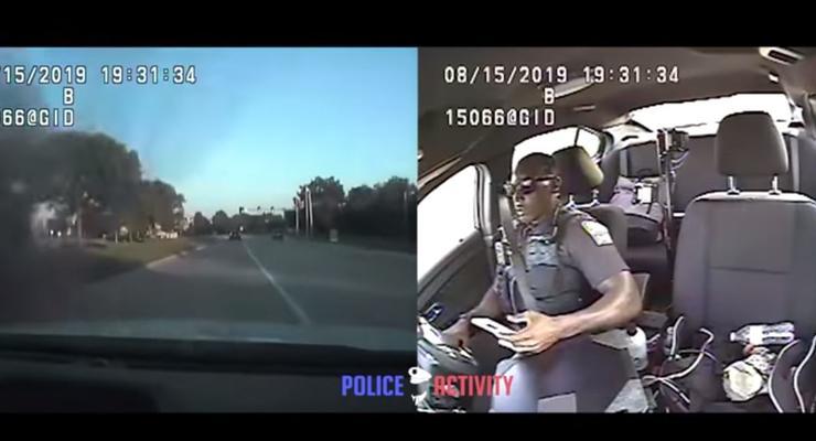 Полицейский отвлекся на мобильный и попал в серьезное ДТП - видео