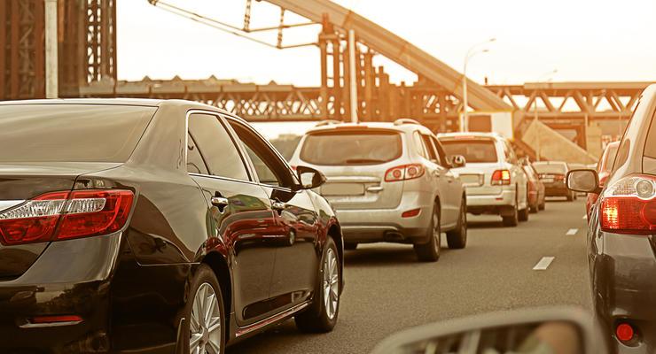 С 1 ноября скорость на дорогах Киева ограничили до 50 км в час