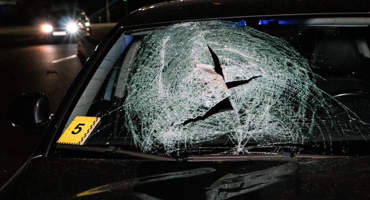 В Киеве возле ТРЦ Lavina Skoda снесла мужчину с перехода: пешеход погиб