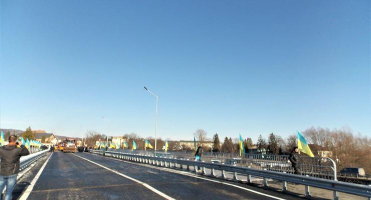 Укравтодор открыл важный мост в Ивано-Франковской области