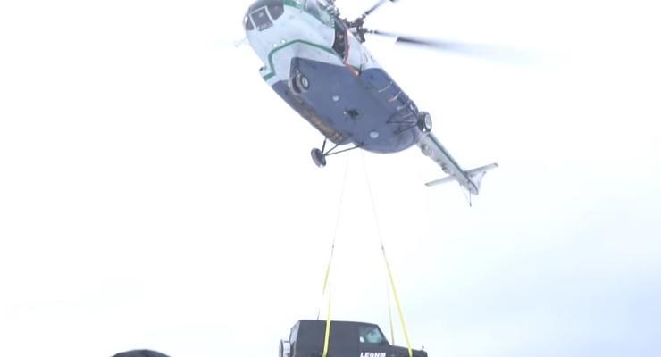 """Россиянин скинул надоевший """"Гелик"""" с вертолета: Пятничная подборка #47"""